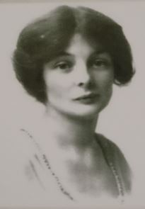 Dorothy Fox image Barnsley Archives