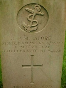 CWGC headstone for John Pinion Sleaford © Lorna